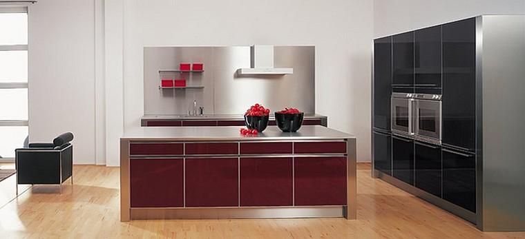 Designerküche Bordeauxrot + MDF schwarz Hochglanz mit edelstahlfarben ...