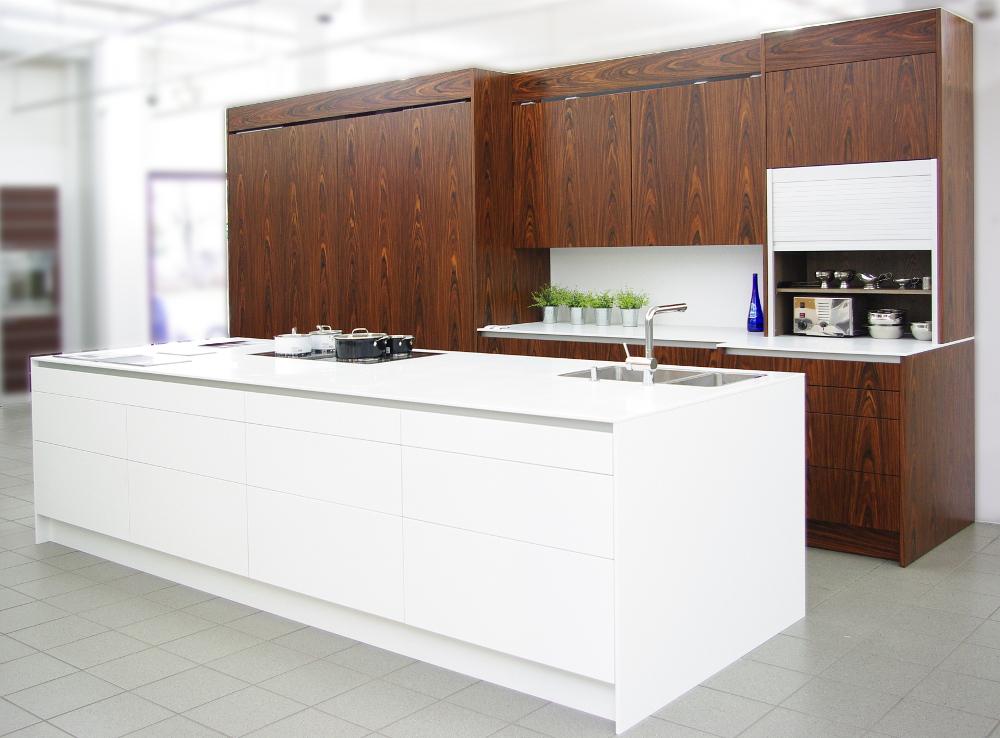Luxusküchen Abverkauf - Designerküchen Abverkauf von Eggersmann ...